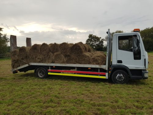 Hay delivery straight from the field to customer
