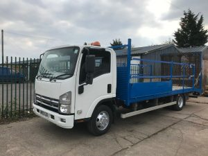 Isuzu NPR 7.5t Beavertail transport
